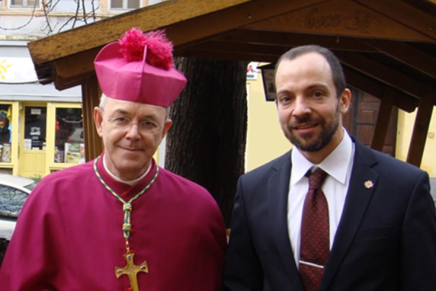 Intervista a S.E. mons. Athanasius Schneider, da Dániel Fülep del Centro John Henry Newman (Ungheria)