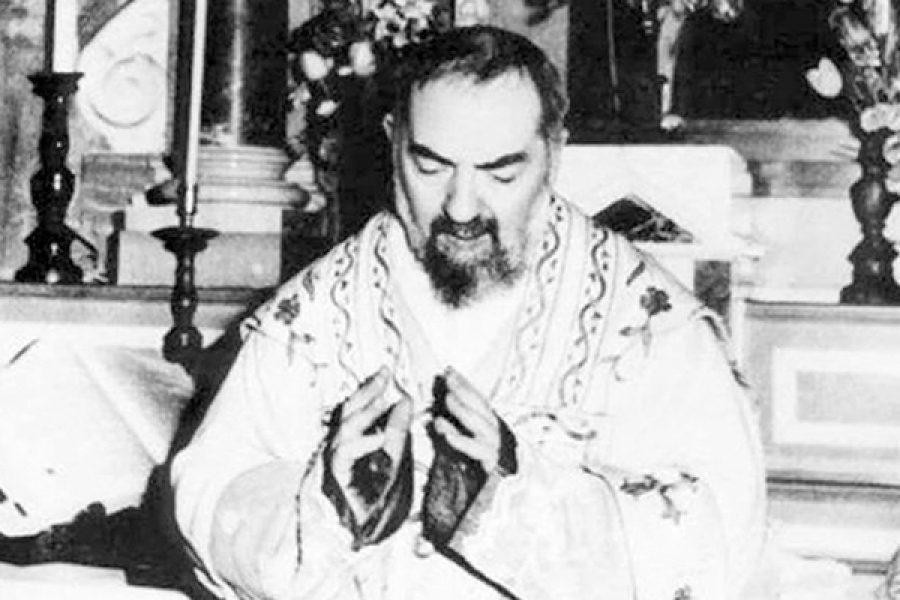 La stigmatizzazione di Padre Pio