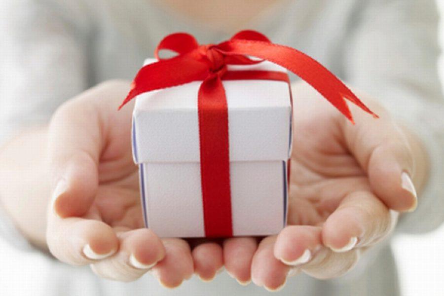 Perchè a Natale ci scambiamo doni?