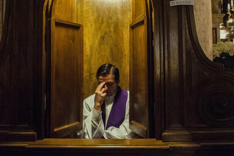 """La confessione: fare verità con """"il Padre tuo che è nel segreto"""""""