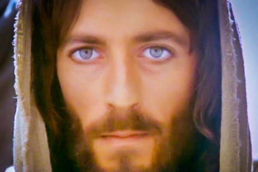Vivere sotto lo sguardo di Dio