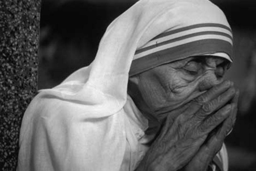 S. Madre Teresa di Calcutta: la santità è impossibile senza la preghiera